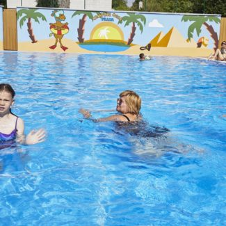 Camping Oase Praha - zwembad